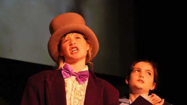 Willy Wonka and the Chocolate Factory photo 2